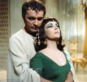 Taylor_and_Burton_-_Cleopatra