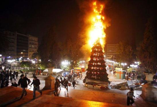 burning-christmas-tree-2 copy