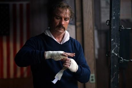 Chuck Wepner (Liev Schreiber). Millennium Entertainment and IFC Films.