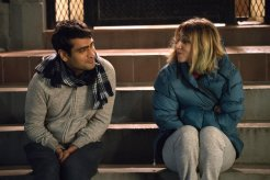 Kumail Nanjiani (himself) and Emily Gordon (Zoe Kazan). Photo via Lionsgate/Amazon Studios.