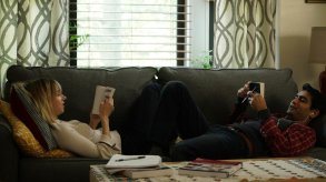 Emily (Zoe Kazan) and Kumail Nanjiani (himself). Photo via Lionsgate/Amazon Studios.