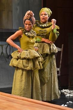 Minnie (Afi Bijou) and Dido (Jasmine Bracey). Photo by Kevin Berne for Berkeley Rep.