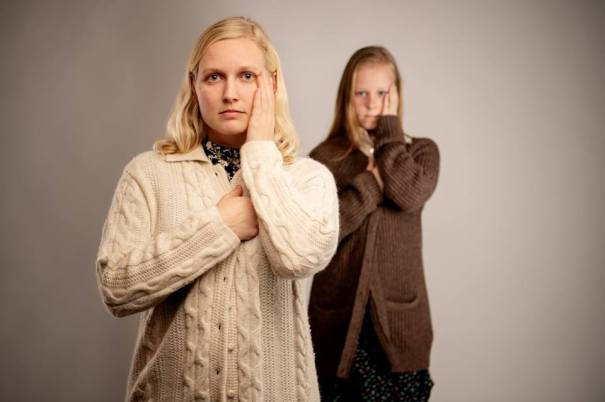 Violet, older (Juliana Lustenader) and younger (Miranda Long). Photo by Ben Krantz.